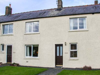 Photo for Middle Cottage, BERWICK-UPON-TWEED