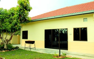 PD Home Stay - Front
