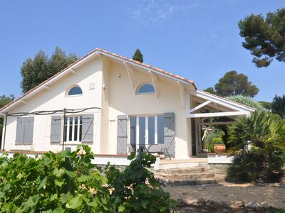 Photo for 4BR House Vacation Rental in Grimaud, Provence-Alpes-Côte-D'Azur