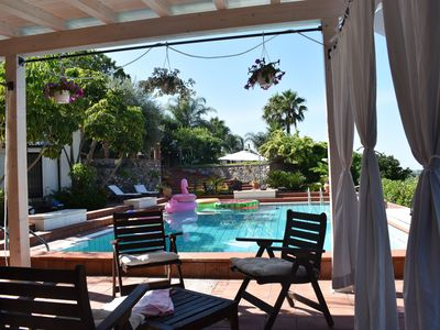 Photo for Suite in beautiful villa with private garden and shared pool