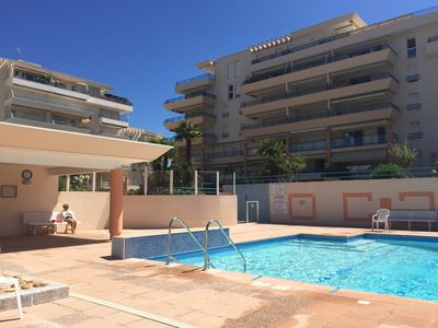 Photo for T2 in luxury residence 5mns from the beach - Fréjus Plage