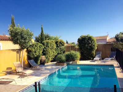 Photo for BEAUTIFUL VILLA, PRIVATE HEATED POOL, WIFI, CLIM .. 8km from the beaches!