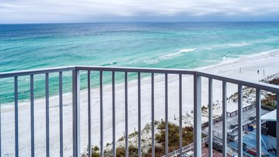 Photo for CORNER UNIT WITH BEAUTIFUL VIEWS!! OPEN 9/28-10/5!!