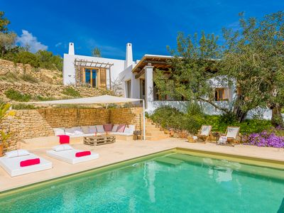 Photo for Villa in Ibiza with 360º views of the mountains
