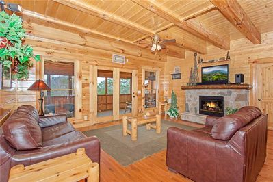 Bear Den Lodge - Living Room with Fireplace