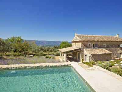 Photo for Hamlet house with pool, quiet, with great view, near Gordes