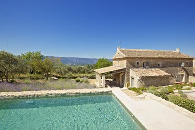 View from the pool on Les Monts du luberon