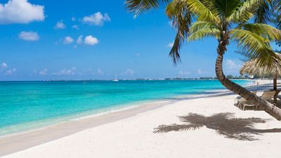 Photo for Last Minute Easter/Passover Weekend Available!! Come to Cayman!
