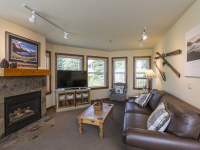 Photo for Upgraded, Spacious Ski in/Ski Out Condo