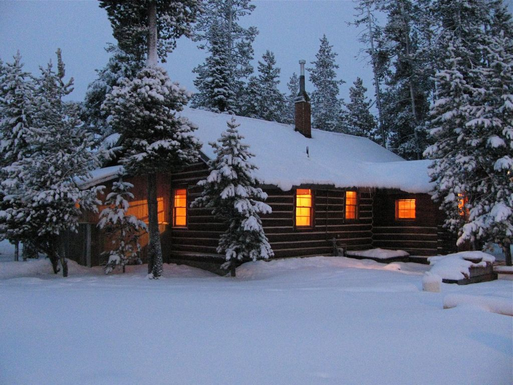 Charming Log Cabin In Trees West Yellowst Homeaway