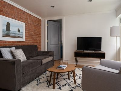 Photo for Classic 2BR in Milton Park by Sonder