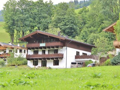 Photo for Spacious and modern holiday home in the well-known Saalbach-Hinterglemm