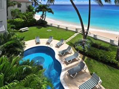 Photo for Leith Court 11 - Casual Beachfront Apartment