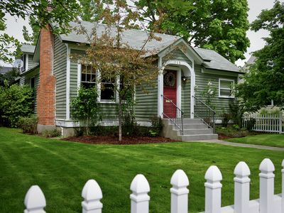 Photo for Cozy Cottage in Fort Grounds Neighborhood--walk to resort, town, lake, & parks!