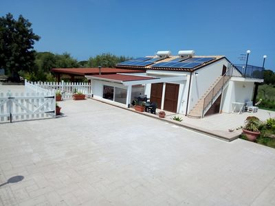 Photo for Detached villa with access to private beach not accessible