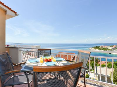 Photo for Apartment Mendula with stunning sea views