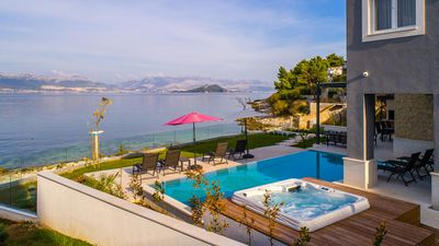 Photo for Luxurious beachfront villa Paradise with pool and jacuzzi EOS-CROATIA