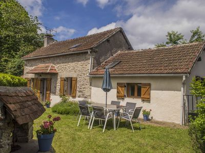 Photo for Traditional renovated detached cottage with a private garden & WiFi