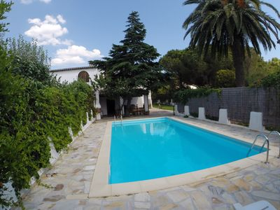 Photo for VILLA WITH POOL AND GARDEN 300 MT FROM THE SEA ON THE LITORANEA FOR VILLASIMIUS