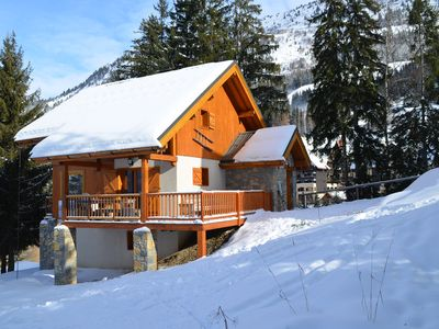 Photo for Luxury chalet SKI-IN / SKI-OUT. Free wifi, sauna and beautiful view !!!