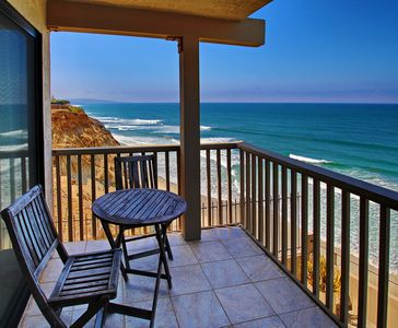 Beautiful  RARE 3 bedroom OCEANFRONT condo!
