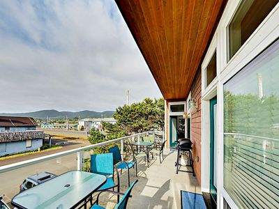 Photo for Walk to Beach! Upscale 1BR w/ Fireplace, Deck & Ocean Views