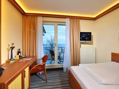 Photo for Single Room with Balcony and Sea View - Strandhotel Seerose Kölpinsee