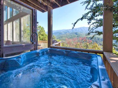 The most luxuriating soak of your life - Soaking in Woodshed's outdoor hot tub is a luxuriating experience like no other, thanks to the spectacular view of the woodlands and the mountains.