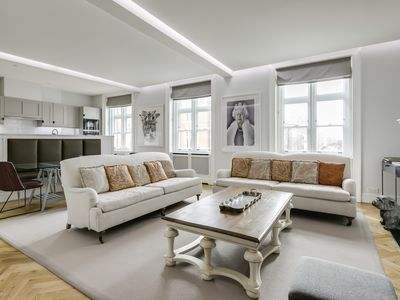 Photo for Luxurious Mayfair Home by Hyde Park