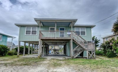 Photo for SELLERS: 4 BR / 2 BA canalfront in Topsail Beach, Sleeps 8