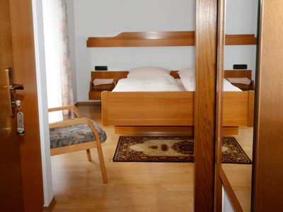 Photo for Double room with WC and shower - Gasthaus Metzgerei Zur Linde