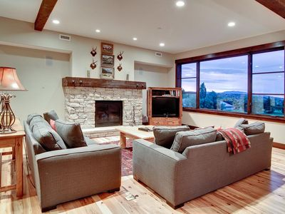 Photo for Luxury condo with rustic decor, concierge service and winter shuttle -- steps to on-site chairlift