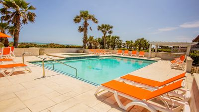 Photo for Oceanfront,Pool,Spa,slps 22,Daily after Labor Day,Perfect choice!