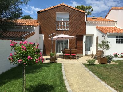 Photo for Comfortable villa, ideally located between sea, golf and forest.