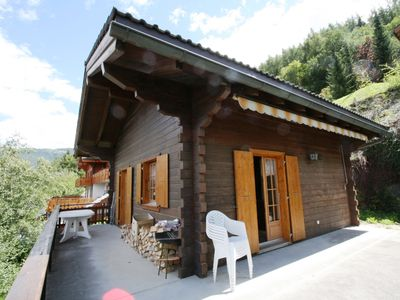 Photo for Chalet 6 people. Living with chimney, TV. Eating corner. Open kitchen with dishwasher. Small Entry,