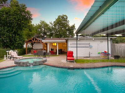 Photo for H2O Paradise Oasis in the Heart of San Antonio - Hot Jacuzzi adds perfect touch!