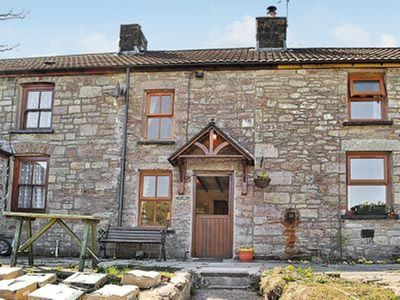 Photo for 2 bedroom property in Brecon. Pet friendly.