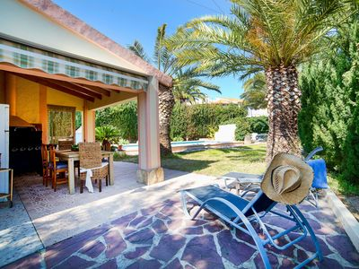 Photo for This 3-bedroom villa for up to 8 guests is located in Calpe and has a private swimming pool, air-con