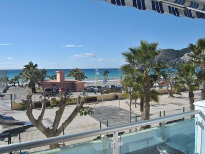 Photo for 3 bedroom apartment in beachfront with terrace and views