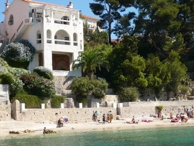 Photo for Magnificent neo classical Provencal villa right by the sea