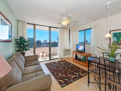 Photo for Ocean View End unit Royal Kuhio Condo with Full Kitchen and Free Parking