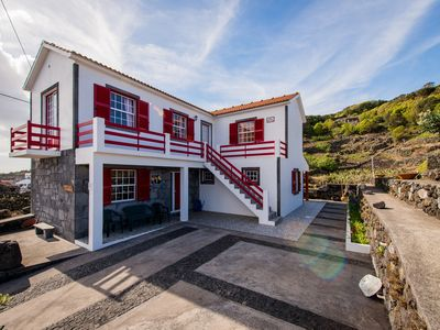 Photo for Vacation Home Pedra do Lagar, by the sea and mountain, family site
