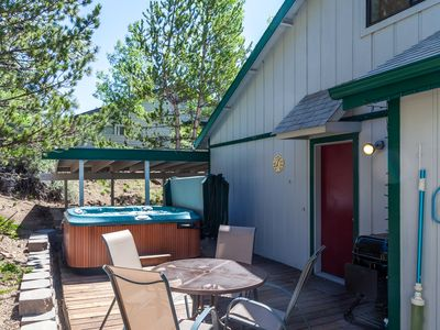Photo for Bend Urban Cabin-Delightful and Centrally Located On Westside w/Private Hot Tub