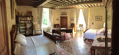 Photo for Tower room Chateau d'Asnieres en Bessin