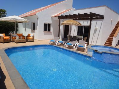 Photo for Licensed 3 bedroom villa with large heated pool, Free Wifi, Netflix