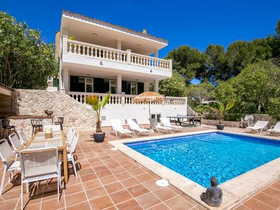 Photo for Villa with pool terrace and fantastic sea and mountain views in Font de sa Cala