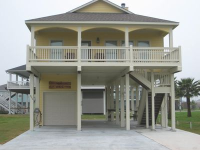 Enjoy R & R at the 'Lost Vegas!' 4th row in the Tidelands subdivision.