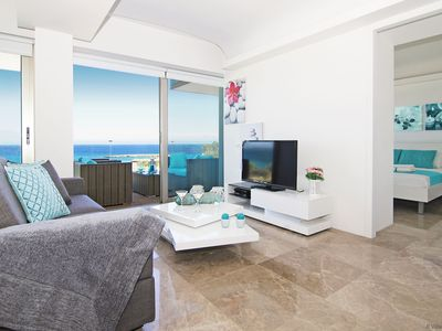 Photo for MARINA - 2Bed Aprt within walking distance to Golden Sandy Beach