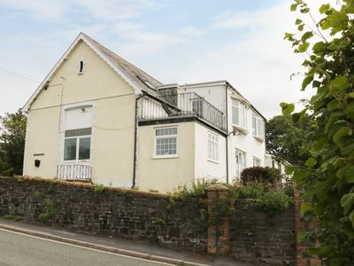Photo for SCHOOL HOUSE, pet friendly, with a garden in Pembrey, Ref 920453