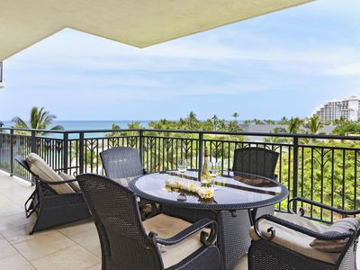 Photo for Magnificent Ocean and Sunset Views from the 5th Floor (B5R)
